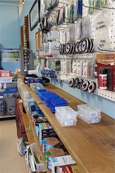 Nervous water fly fishers fly fishing shop guide for Fishing supplies honolulu